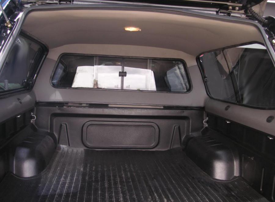hardtop f r den volkswagen amarok aus stahl oder gfk ullstein concepts. Black Bedroom Furniture Sets. Home Design Ideas